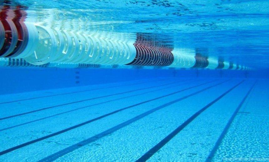 В бассейне столичного спортклуба утонул человек (обновлено)