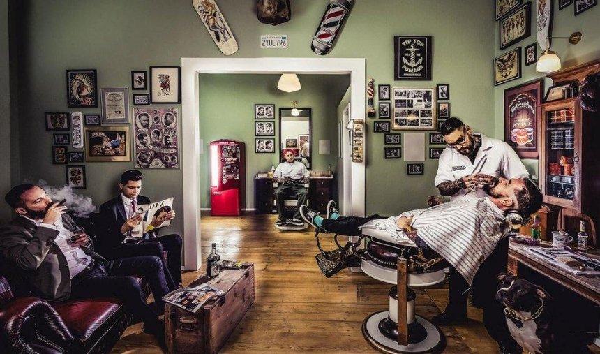 Отстричь стереотипы: в столичном барбершопе обсудят права женщин