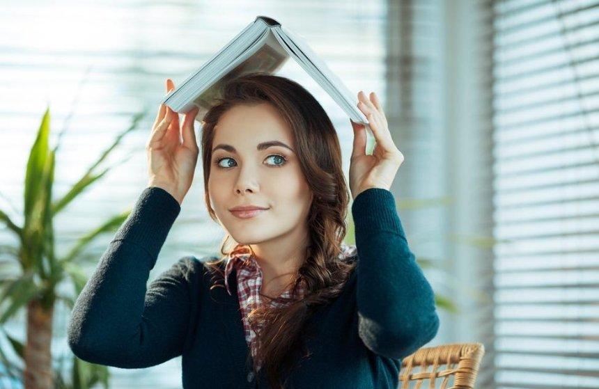Стало известно, сколько книг в год читают украинцы