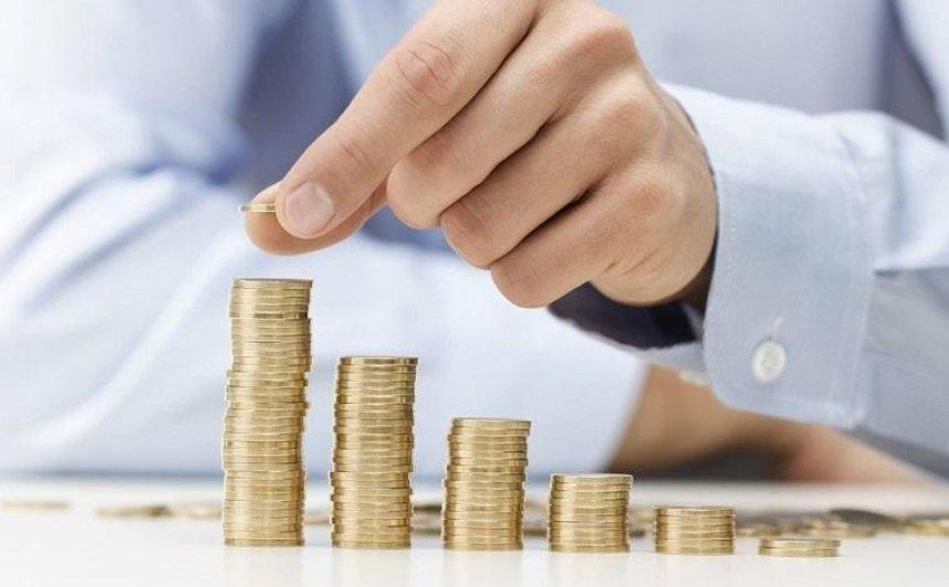 В Украине предлагают увеличить налоги на высокие зарплаты