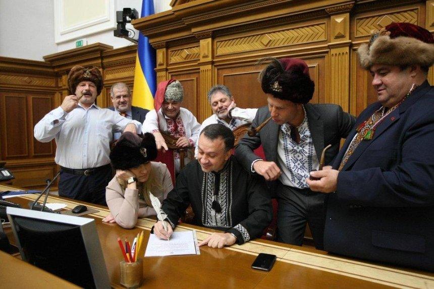 «Проклятого черта брат»: депутаты написали письмо Путину встиле запорожских казаков