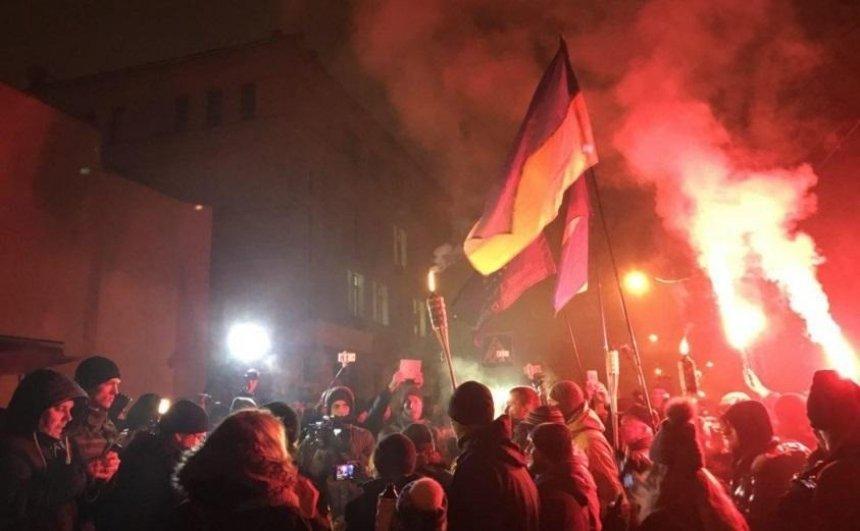 У центрі Києва відбудеться смолоскипна хода до річниці розгону Євромайдану
