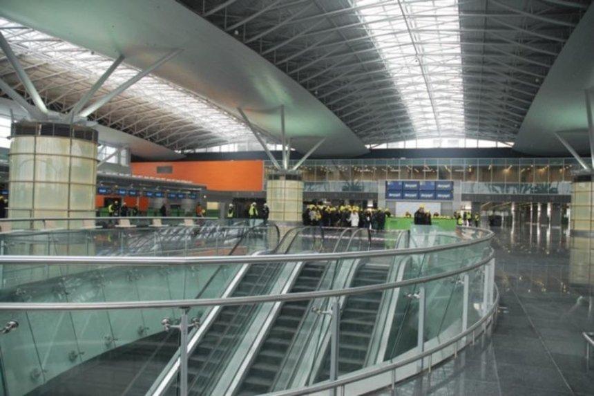 В аэропорту «Борисполь» появится эскалатор на три этажа