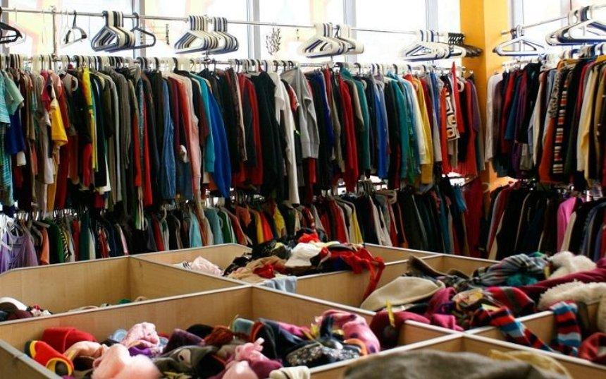 В Днепровском районе открыли банк одежды для нуждающихся (фото)
