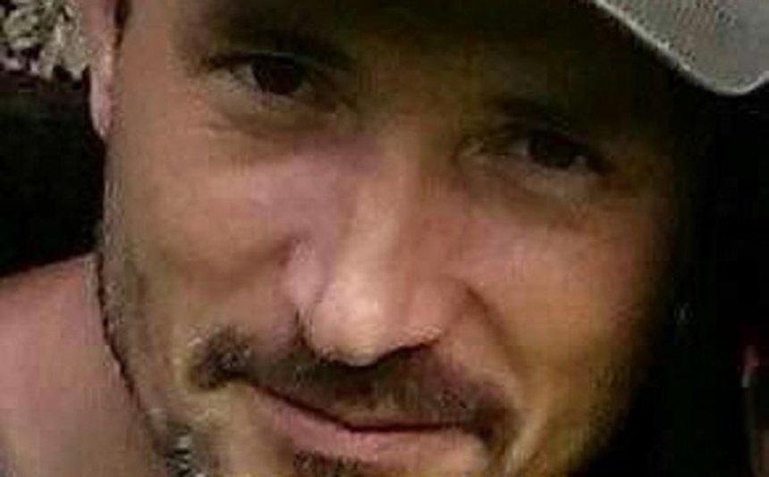 Помогите найти: под Киевом пропал мужчина в кофте-кенгуру