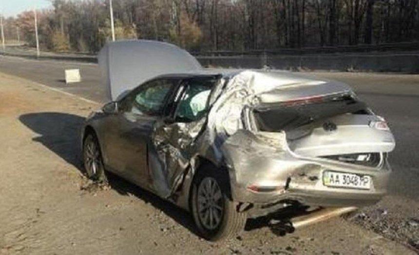 Автомобиль депутата Лещенко попал в ДТП (фото)