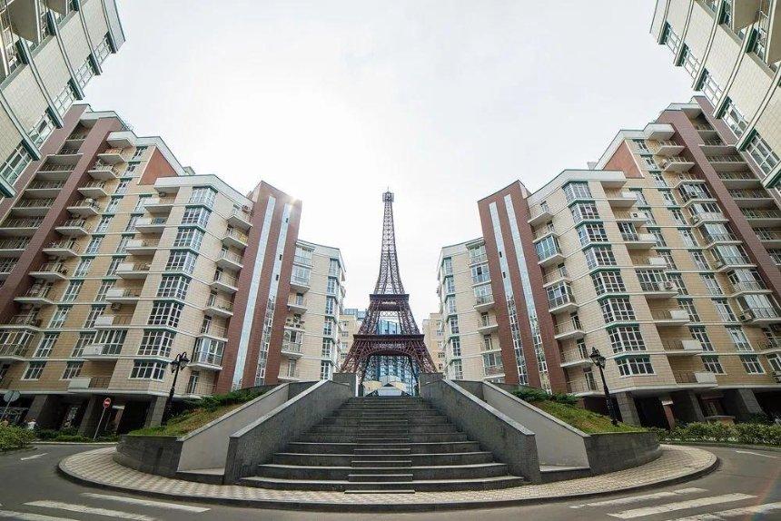 Коммунальное рейдерство: в столичном ЖК ликвидируют ОСМД против желания жильцов