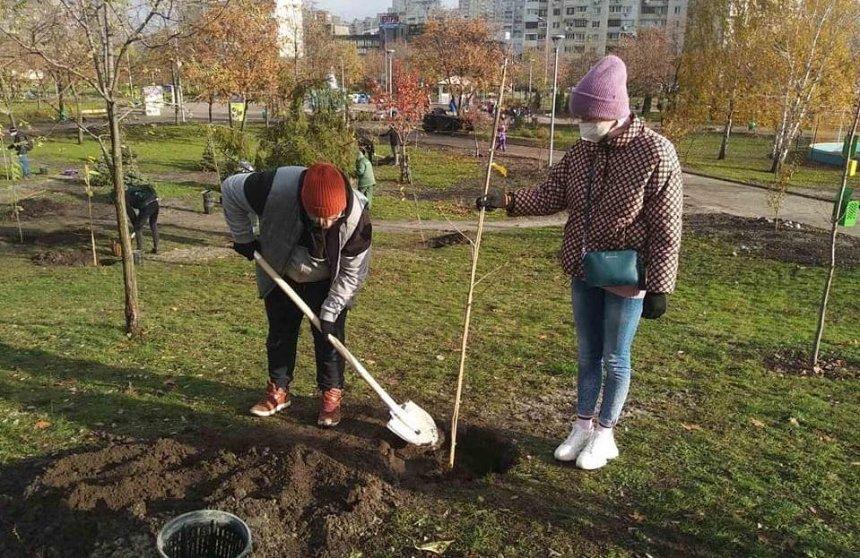 Еще в одном столичном парке зацветут сакуры