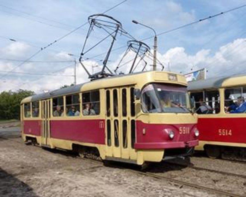 В Киеве из-за митинга не ходят трамваи
