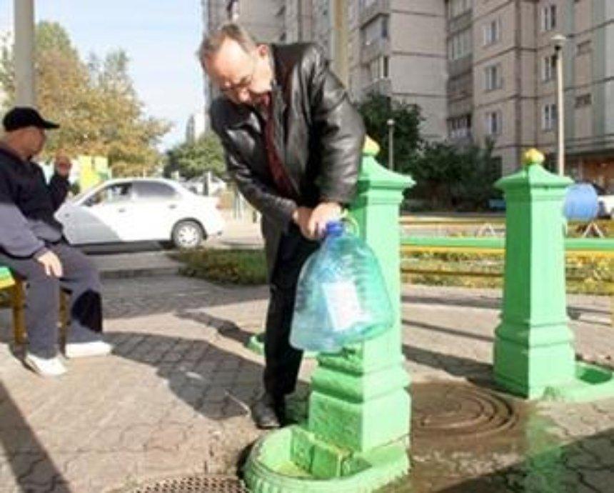 Где в Киеве можно пить воду из бюветов