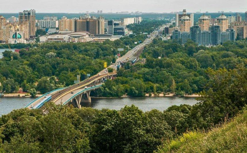 Великі плани: на лівому березі з'явиться нова набережна, а мости засяють