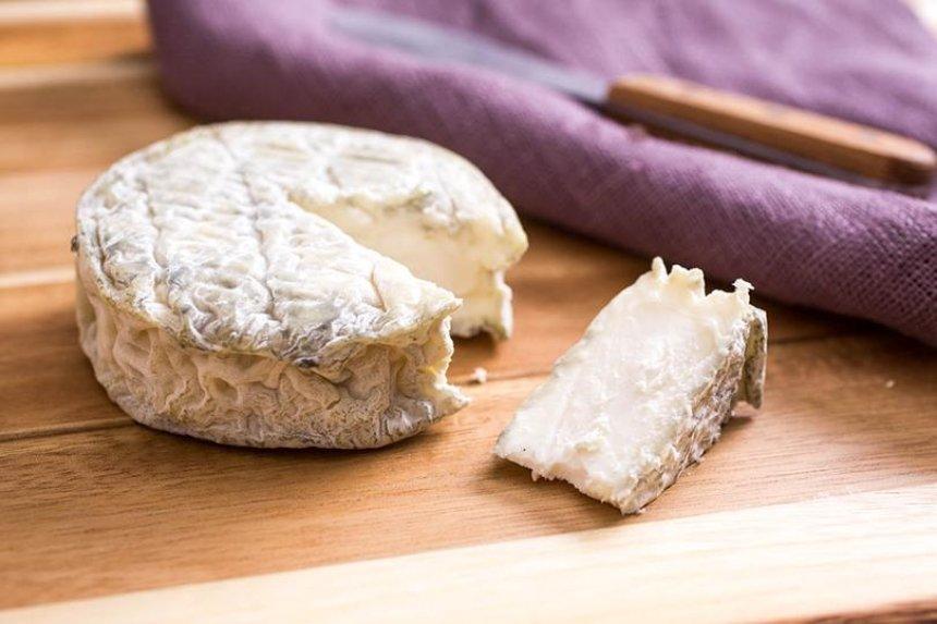 Фермер из Киевской области делает экзотический сыр