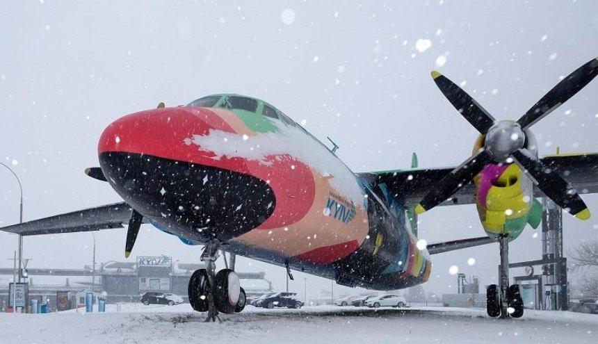 Из-за непогоды «Жуляны» перенаправили часть рейсов в «Борисполь» (фото)