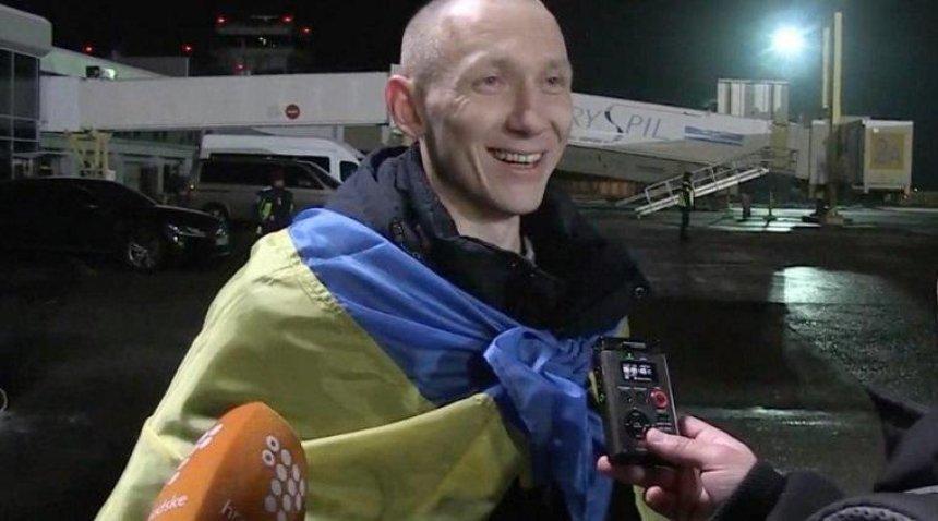 В«Борисполе» встретили освобожденных изплена украинцев (фото, видео)