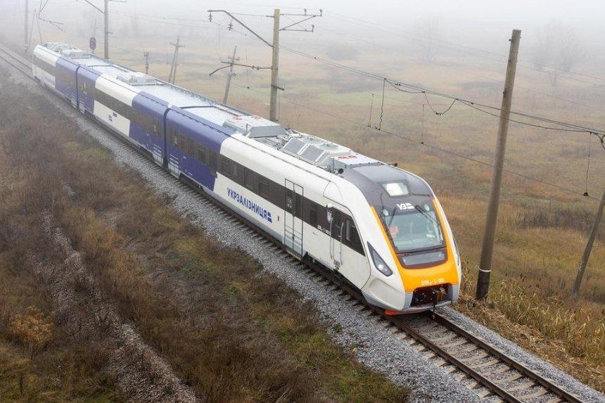 В столицу прибыл новый украинский дизель-поезд (фото)
