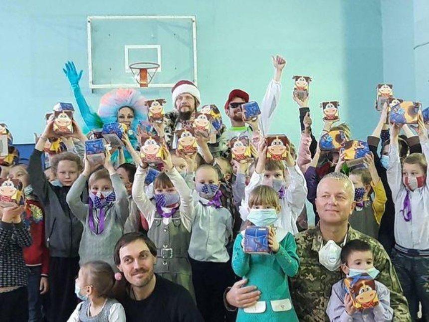 Праздничное чудо: «АТБ» помогает тысячам украинских семей удивить ребенка в день Святого Николая