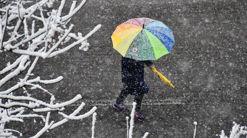 Киевлян предупредили о мокром снеге: коммунальщики готовы к ухудшению погоды (обновлено)