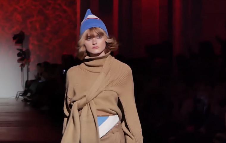 На Ukrainian Fashion Week вернули 1990-е (фото, видео)