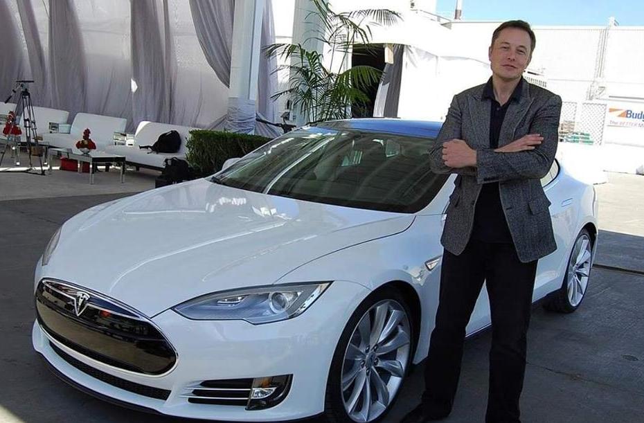 В Украине хотят производить электромобили Tesla