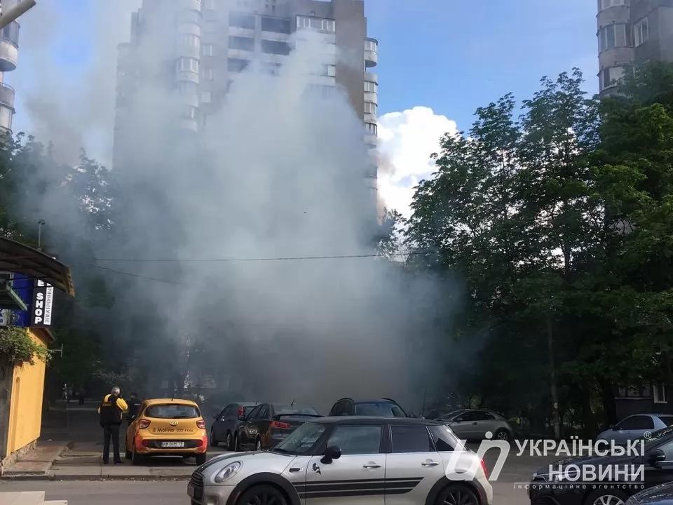Возле метро «Левобережная» произошел пожар
