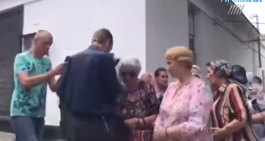 Участникам крестного хода платили деньги (видео)