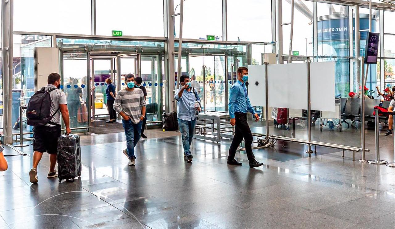 В «Борисполе» упростили контроль на входах в терминал: что изменилось