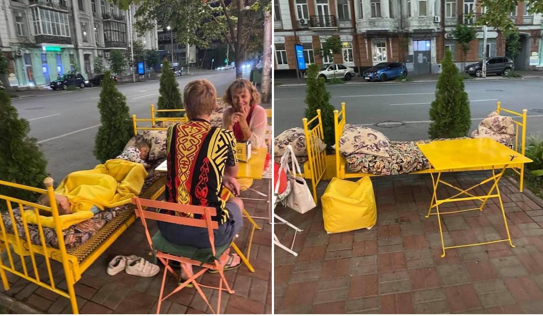 Киевский ресторан поставил кровати на летней площадке
