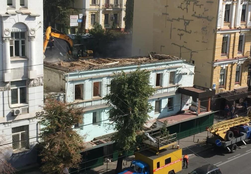Владелец дома на Саксаганского объяснил, почему снес историческое здание