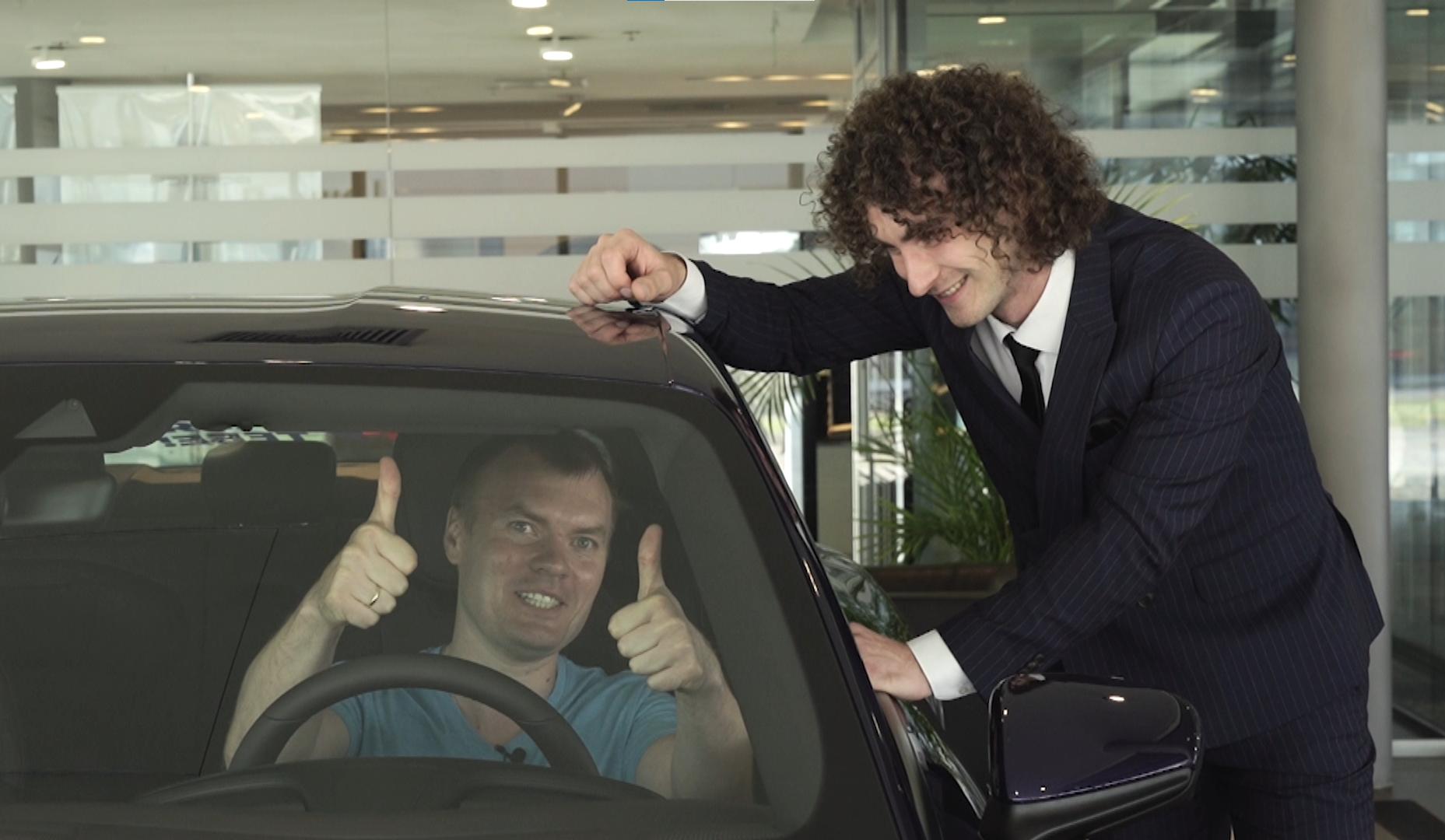 Підсумки акції «АТБ заряджає тебе»: прийшов за підгузками для сина, а одержав новий Porsche Taycan